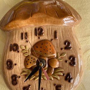Mushroom clock 🍄